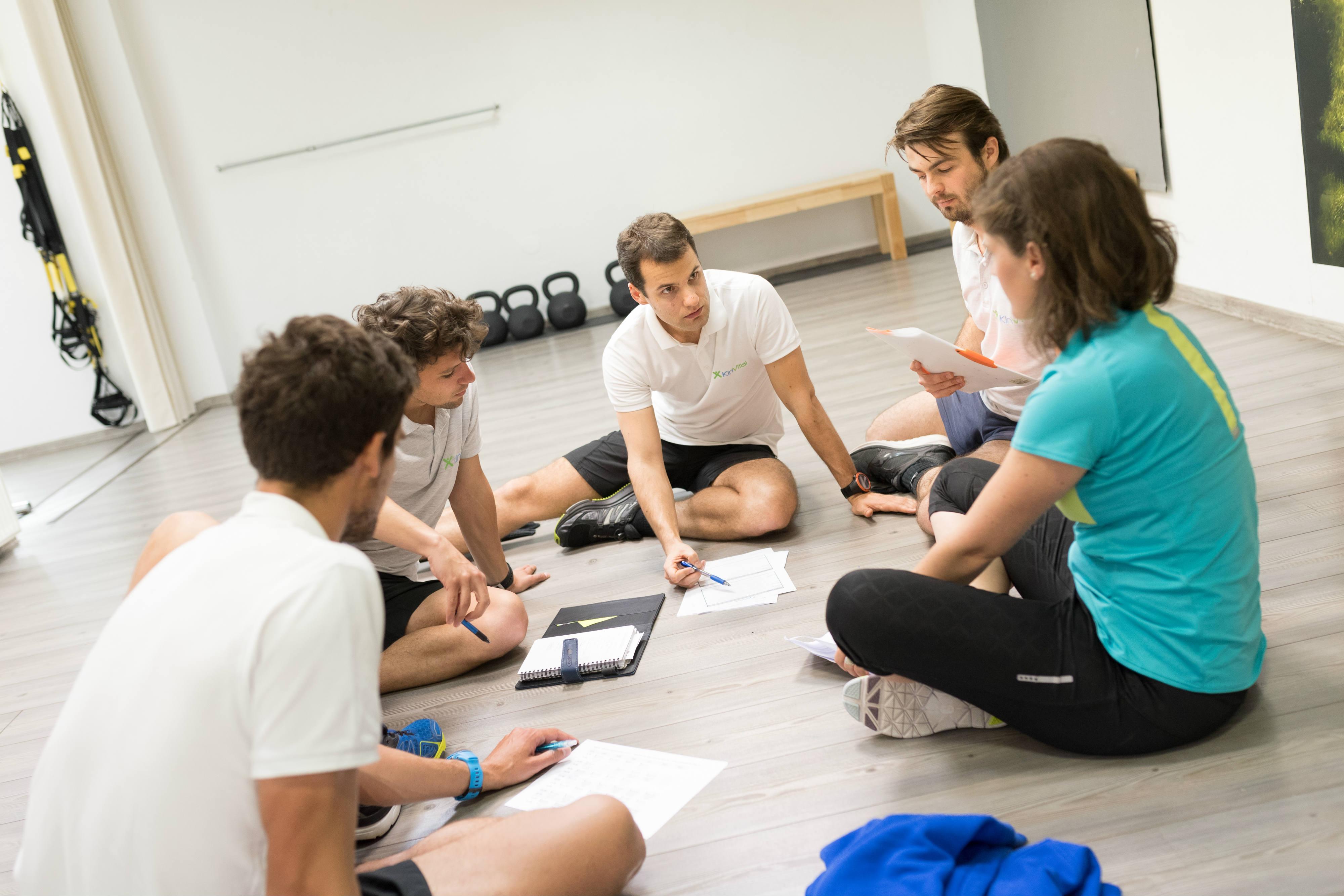 Ekipa-kineziologov-sestankuje